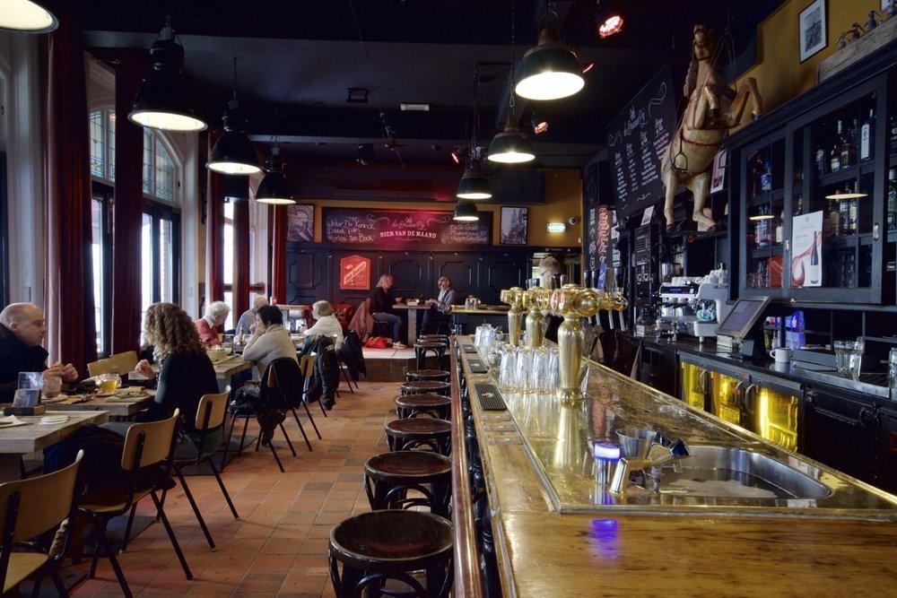Café De Bruine Pij - Stappen & Shoppen Breda
