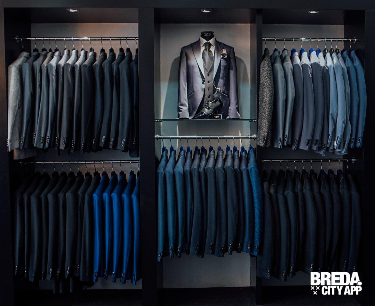 Bruidsjurken Breda.Santerello Bruidegom Sample Sale 70 Korting Stappen Shoppen Breda