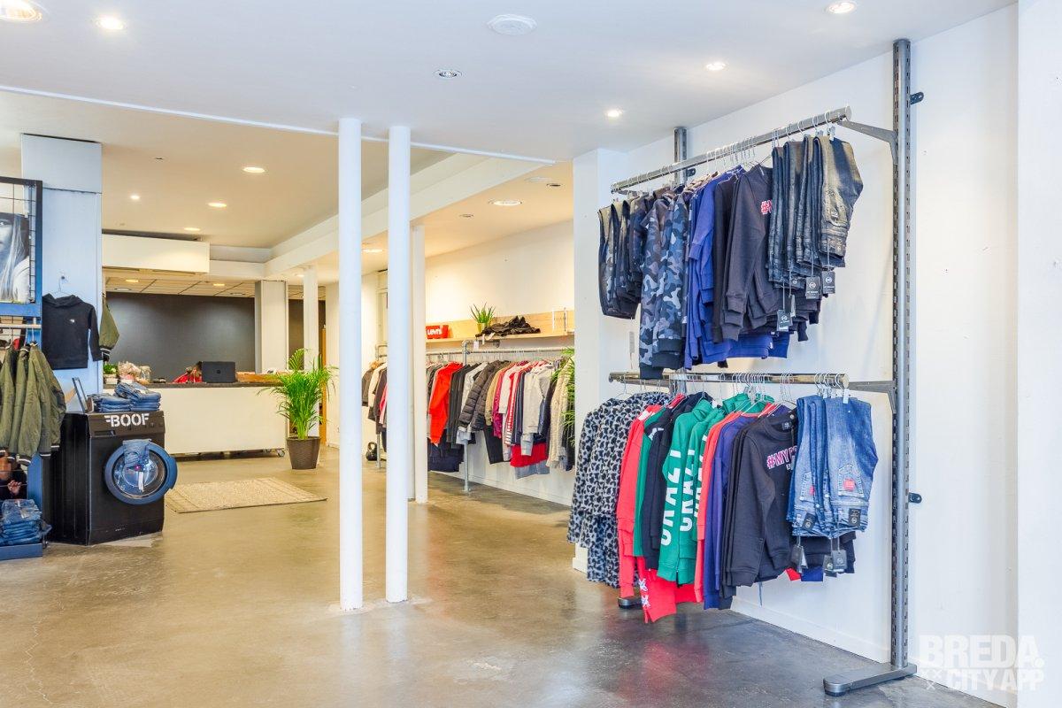 a3d55cf16b0e9d Bold Kids Store verkoopt kleding in het hogere segment. Ze hebben hiervoor  gekozen omdat kwaliteit voorop staat. Denk hierbij aan de stoere merken NIK    NIK ...